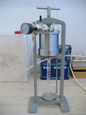 BAROID LABORATORY FILTER PRESS